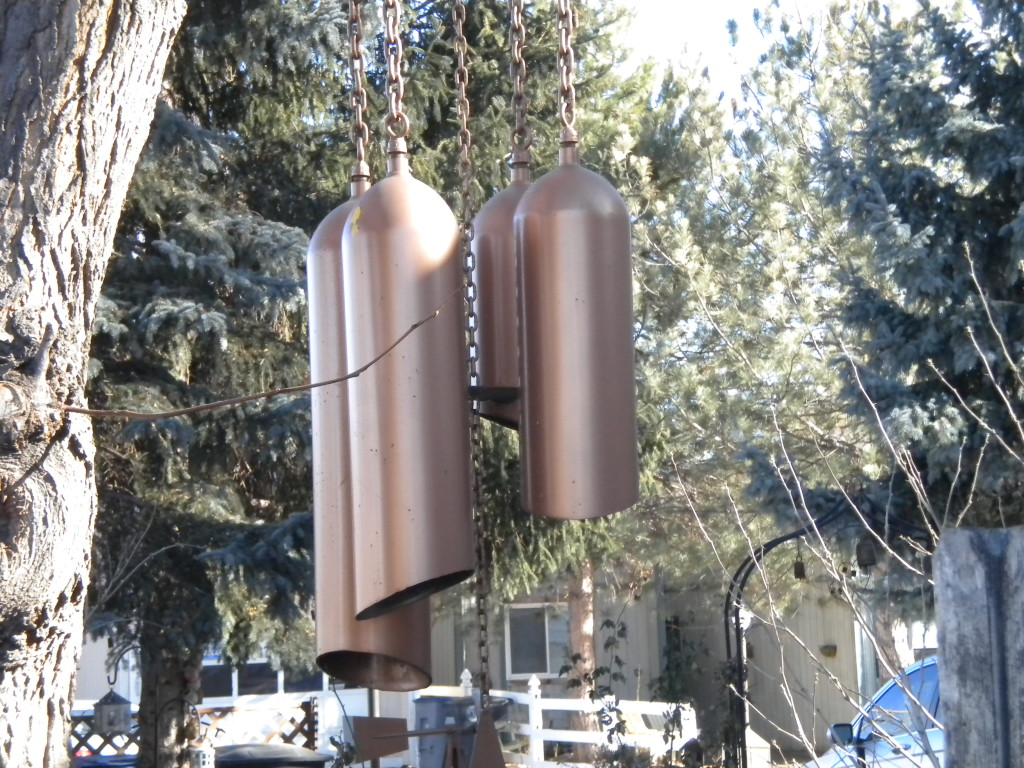 Back on Mountain View --- the biggest wind chimes I've ever seen!