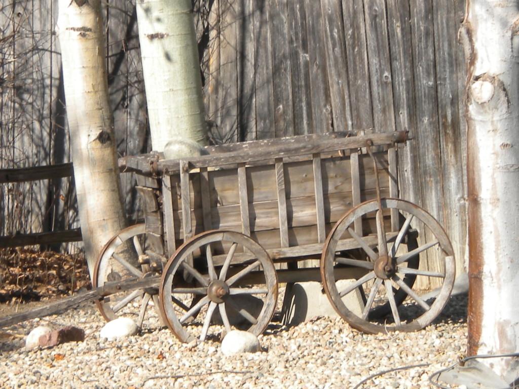 Wagon decor