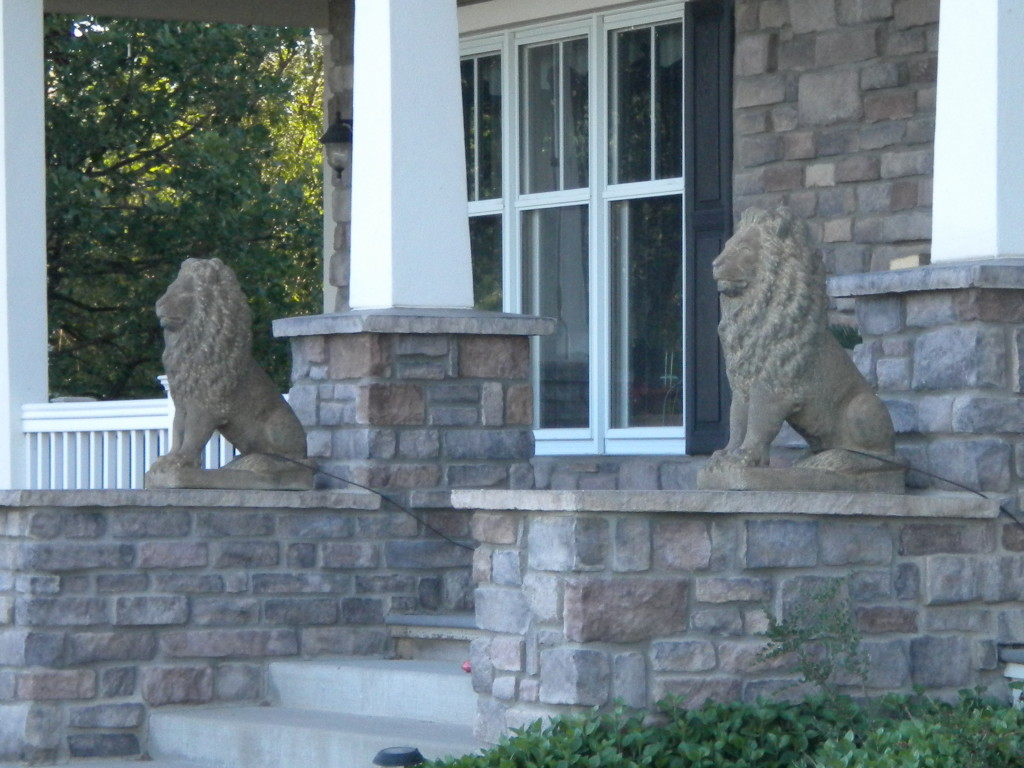 Lions on guard