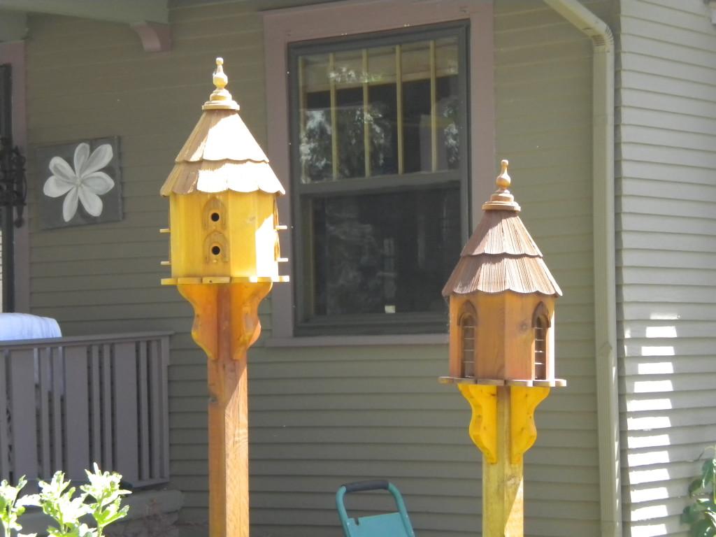 twin birdhouses