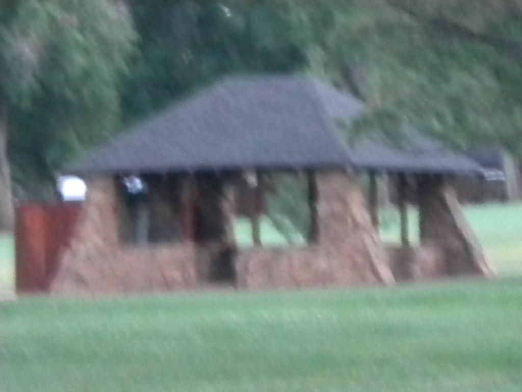 Sunset golf shelter