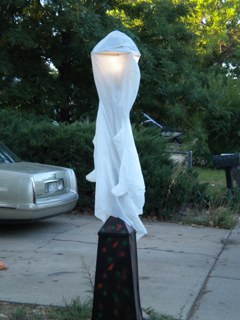 Ghostly lamp post