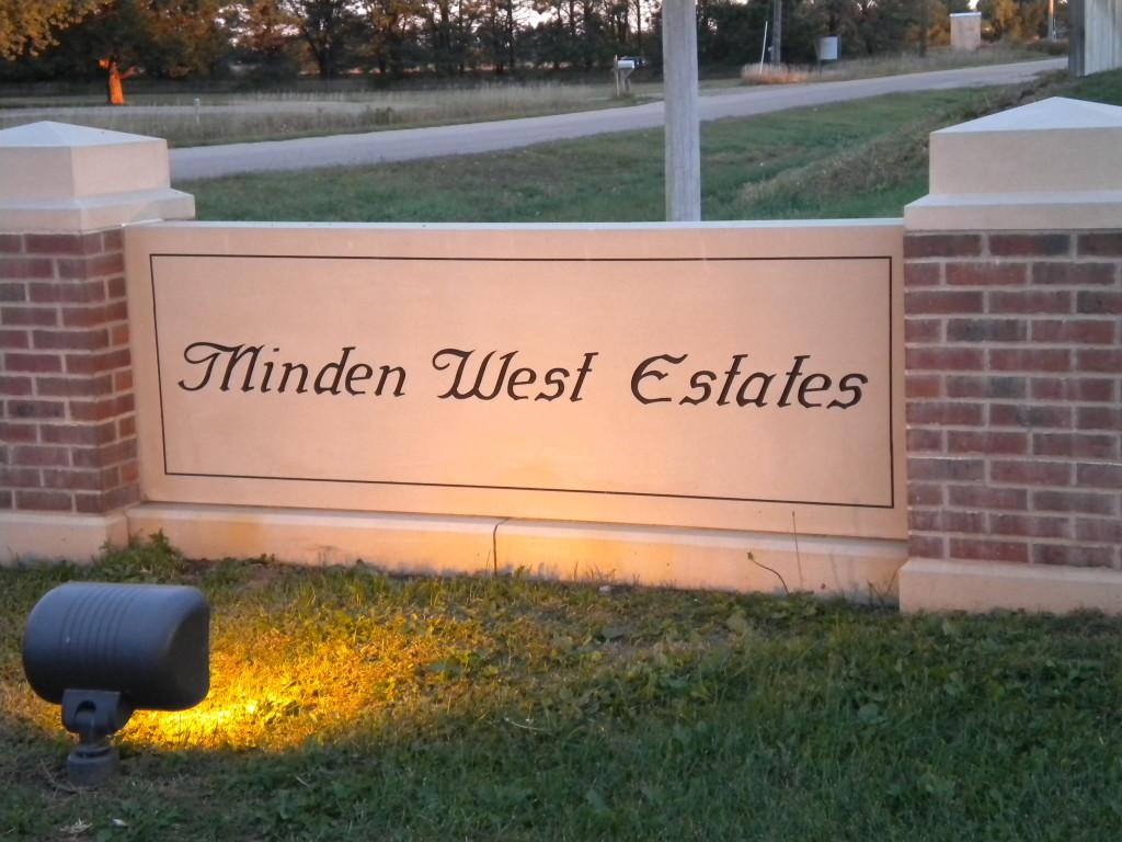 Nice Minden Estates sign