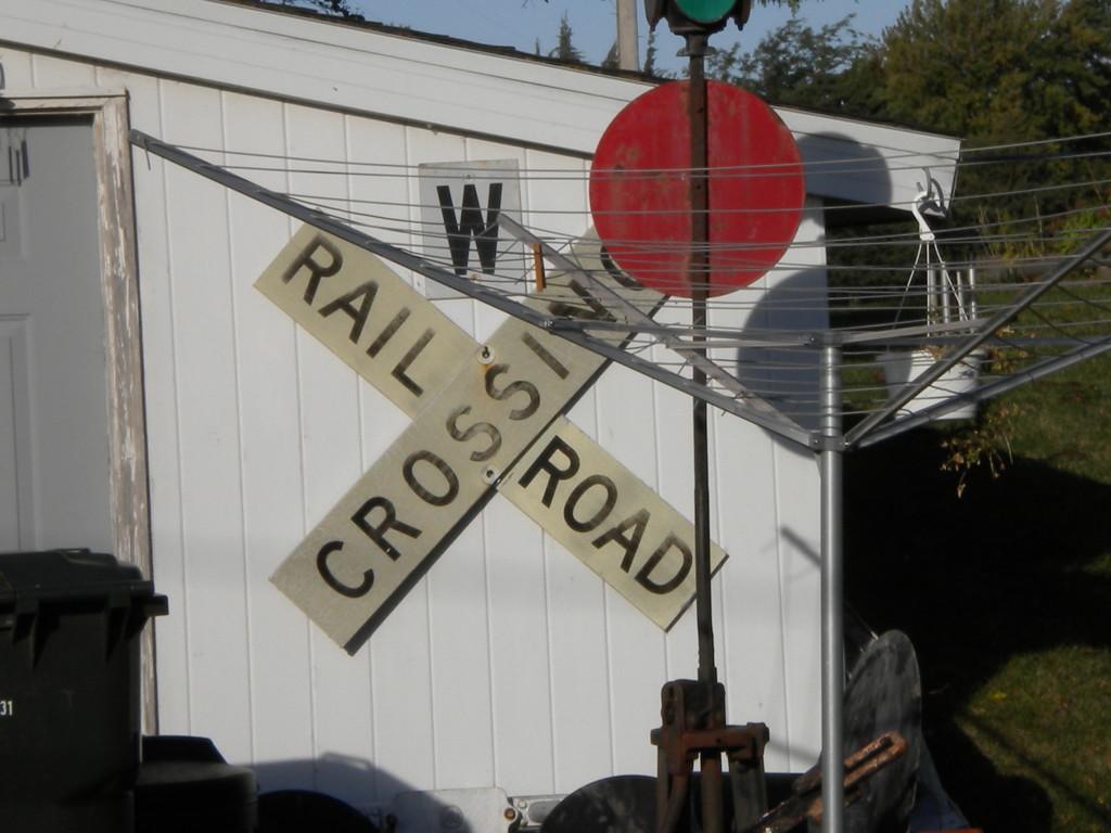 home railroad crossing