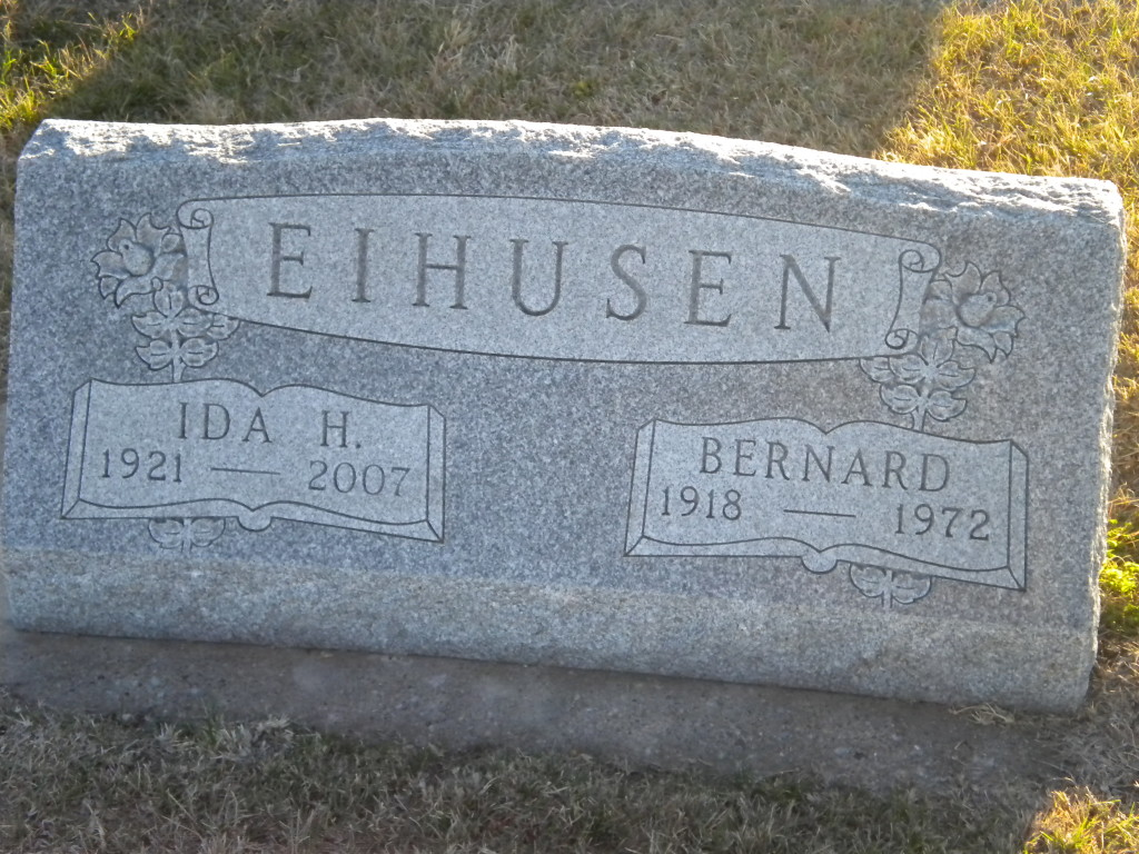 Parents of Lavern and John Eihusen, who I also worked with
