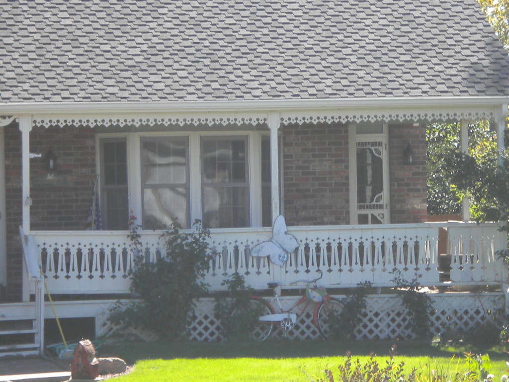 ornate porch trim