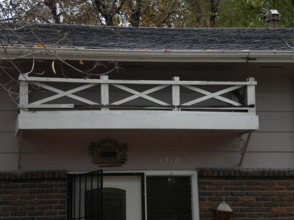 tiny balcony with no access?