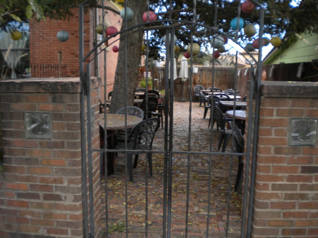 La Tortuga's patio