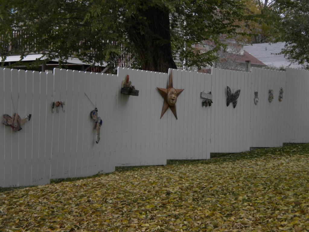 side fence art
