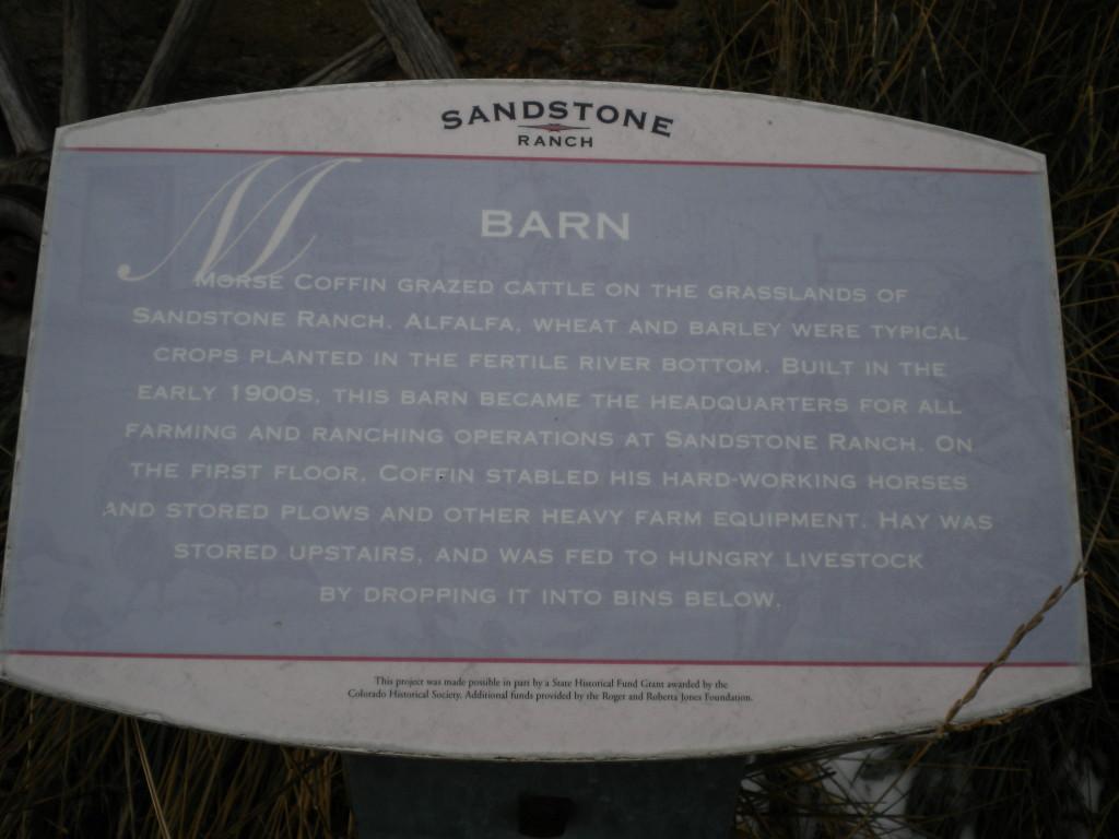 Sandstone Ranch barn sign